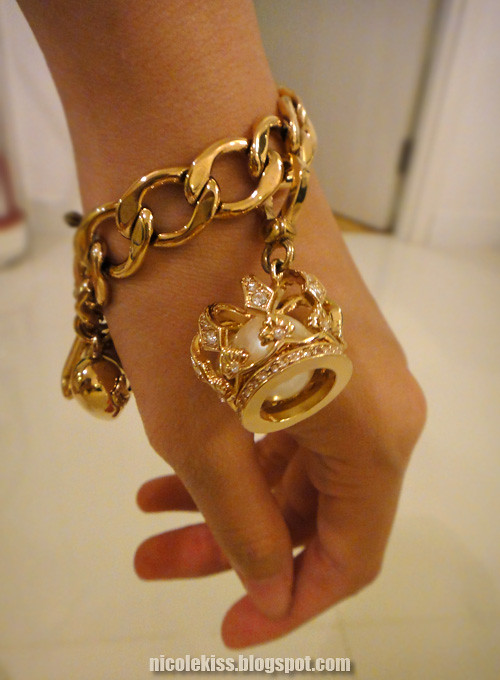 juicy couture crown charm and bracelet