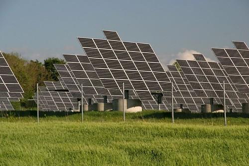 Panos Prevedouros doubts solar at Kalaeloa