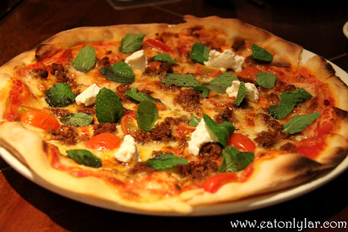 Pizza D'Agnello, La Risata