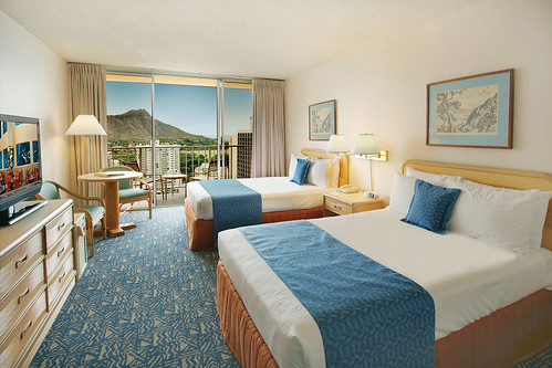 Awesome Waikiki Pacific Beach Hotel Oceanarium And The