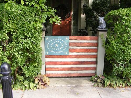 Patriotic gate