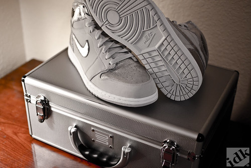 25th anniversary Jordan 1 Retro Silver by ayooitskeo