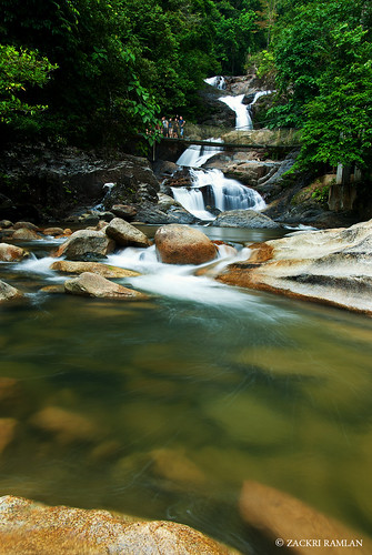 Lasir Waterfall, Kenyir Lake by Zackri Zim'S