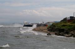 Solent Express (GH2142) (robert55012) Tags: fife hovercraft kirkcaldy hoverwork bht130 solentexpress gh2142