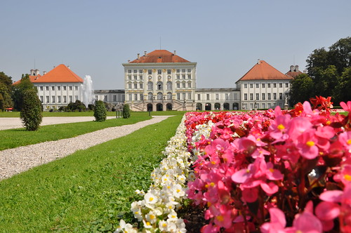 Schloss Nymphenburg - Flowers in the garden