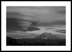 Mt. Rainier (RU4SUN2) Tags: clouds landscape washington washingtonstate mtrainier cloudscape mtrainiernationalpark lenticularclouds
