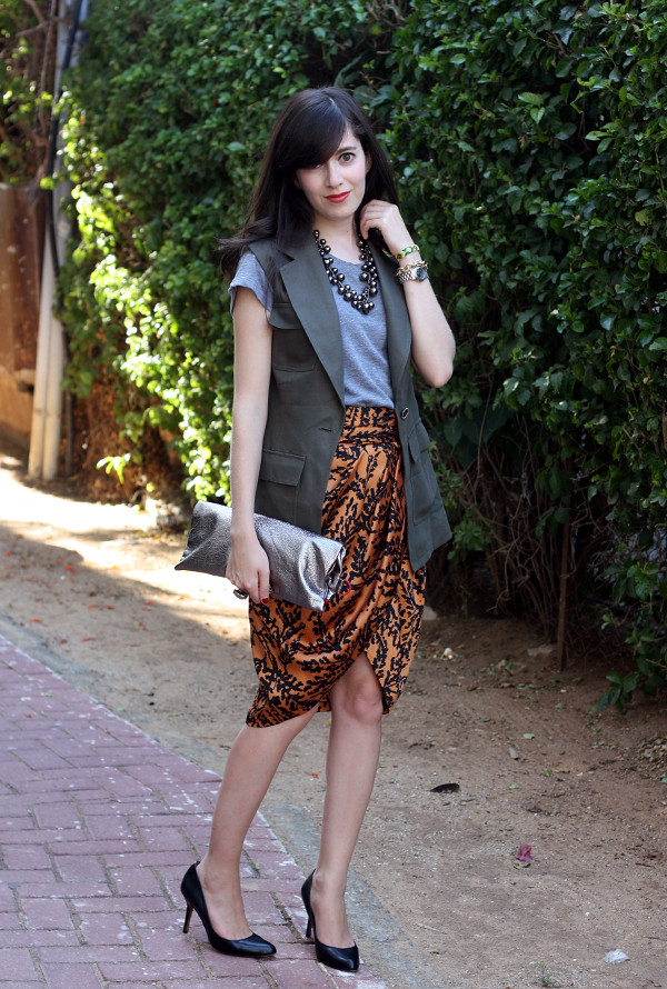 tulip_skirt_safari_vest5