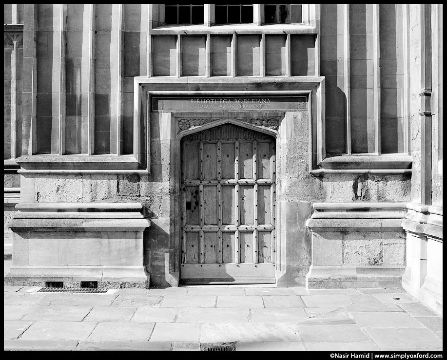 Doorway, Divinity schools quadrangle