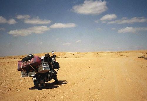 Když se v Libyi nebojovalo aneb Na motorce libyjskou pouští