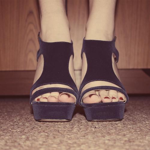 'She wore blue velvet'