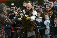 Bannockburn 2005 2005 (12 of 61) (Photography by Duncan Holmes) Tags: battle medieval sword knight pike cavalry falconry bannockburn manatarms pikemen polearm menatarms