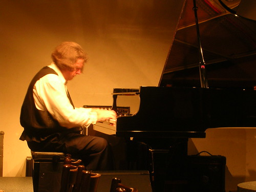 David Thomas Roberts @ Classic Pianos