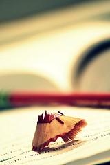 Mulch (eng AzIz) Tags: pencil mulch