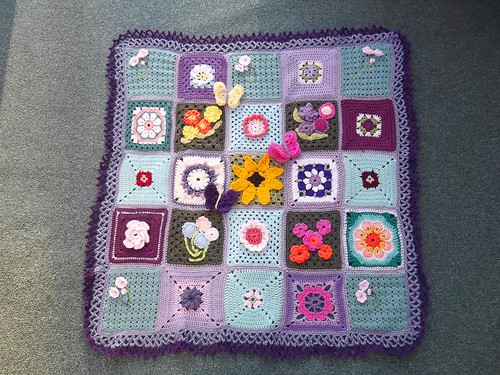 Thank you to everyone that has contributed Squares for 'Grow me a Garden' (2). 'Please add note if you see your Square!'.