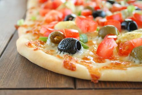 Mediterranean Pizza 6