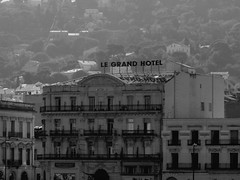 Le Grand Hotel (cangaroojack) Tags: sea france canal frankreich mediterranean south southern stadt kanal languedoc ville sdfrankreich ste hrault mittelmeer kanle