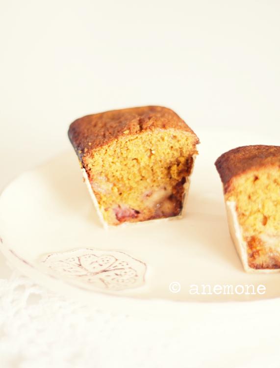 Cake con fragole e marzapane