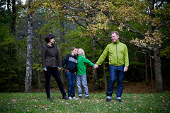 Family_1:3 (Mauritzson Foto) Tags: family autumn barn brothers father mother mamma pappa far mor hst familj brder