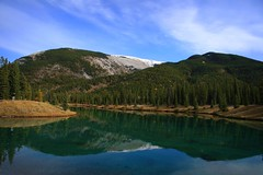Forgetmenot Pond, Kananaskis Country, Alberta (minniemouseaunt) Tags: mountains alberta soe kananaskiscountry picnicarea forgetmenotpond supershot hikingarea elementsorganizer forgetmenotpondalberta