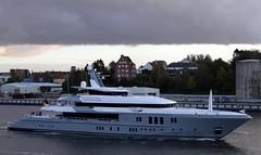 MOGAMBO - IMO 9560780 (arnekiel) Tags: canal yacht kiel megayacht mogambo frde kieler superyacht nobiskrug abudhabimar