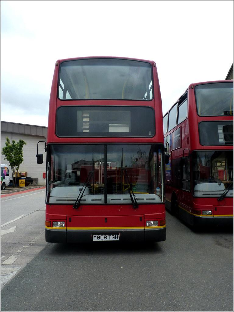 Plymouth Citybus 426 Y808TGH
