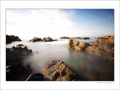 Cornouailles  FR (Emmanuel DEPARIS) Tags: longexposure france beach bretagne poselongue nd110