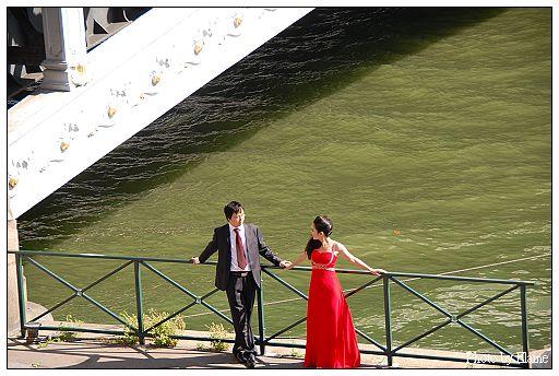 亞歷山大十三世橋