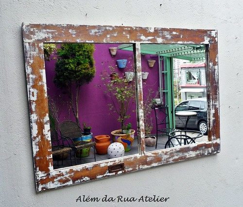 Espelho de Janela de Demolição
