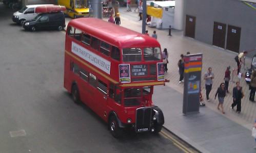 RT 1702 vintage bus