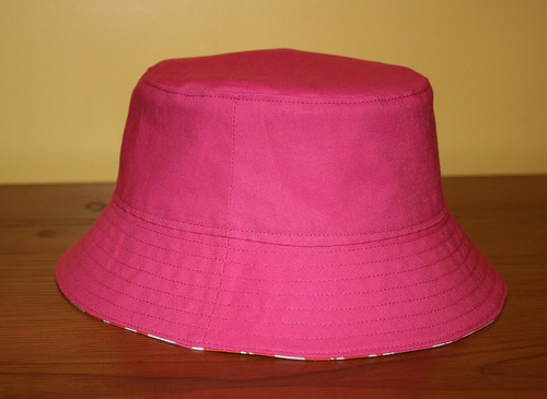 bucket hat 3