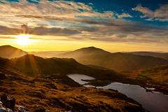 Snowdon Sunrise - Wales (capturedcanvas.co.uk) Tags: pictures trees sunset mist mountain lake mountains art water sunshine misty wales clouds pen sunrise climb colours y cloudy captured dramatic canvas route printing snowdon colourful pas xsi ascend peris llyn nant llydaw snodonia 450d canon450d