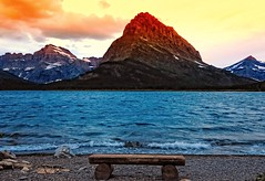 Grinnell Gold (Phil's Pixels) Tags: sunrise dawn montana glaciernationalpark swiftcurrentlake manyglacier swiftcurrentmountain mtgould grinnellpoint