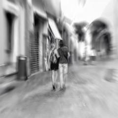 gli innamorati (Lorena Gazzotti) Tags: motionblur innamorati asquaresuperstarstemple lorenagazzotti