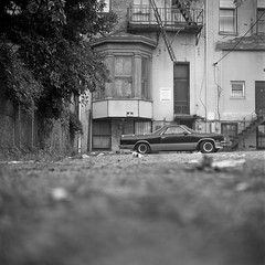 . (patrickjoust) Tags: street city urban bw usa white black 120 6x6 tlr blancoynegro film home analog america square lens us reflex md focus fuji mechanical united north patrick twin maryland baltimore v ami epson medium format states manual 500 joust develop estados 80mm f35 blancetnoir unidos v500 schwarzundweiss fujifilmneopan100acros autaut patrickjoust amiflex amitar developedinxtol11
