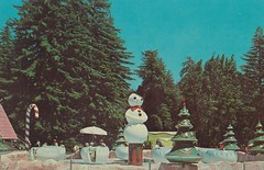 Santa's Village Giant Snowball Ride (hmdavid) Tags: california park santacruz amusement illinois snowman ride dundee christmastree 1950s theme snowball candycane santasvillage skyforest