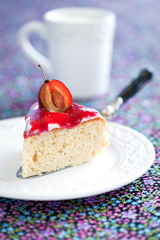 Spices cake with cream and plum jam
