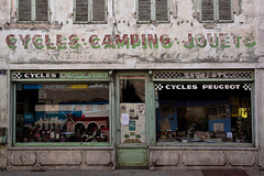 Cycles - Camping - Jouets... (Lucille-bs) Tags: camping france europe burgundy boutique bourgogne faade vitrine cycles ancien jouets devanture volet saneetloire verdunsurledoubs arethesebuildings