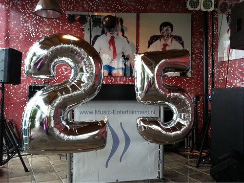 Diverse Folieballonnen Zilveren 2 en 5 voor 25 Jarige Bruiloft