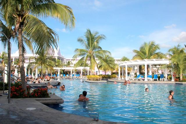 Pool at RIU Montego Bay