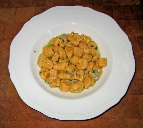 gnocchetti di zucca con sugo di vongole by fugzu