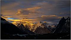 Sunset from Gore Camp. (David Ruiz Luna) Tags: pakistan sunset paisajes mountains trekking landscapes asia glacier adventure himalaya glaciar aventura karakorum baltoroglacier thehimalayas touraroundtheworld ruby10 tawclub5starsgold ruby20 glaciardelbaltoro