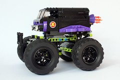sublime (vmln8r) Tags: monster truck power lego suspension competition technic vehicle gravedigger functions sublime bigfoot motorized highspeed slowmotion panhard 120fps panhardrod vmln8r
