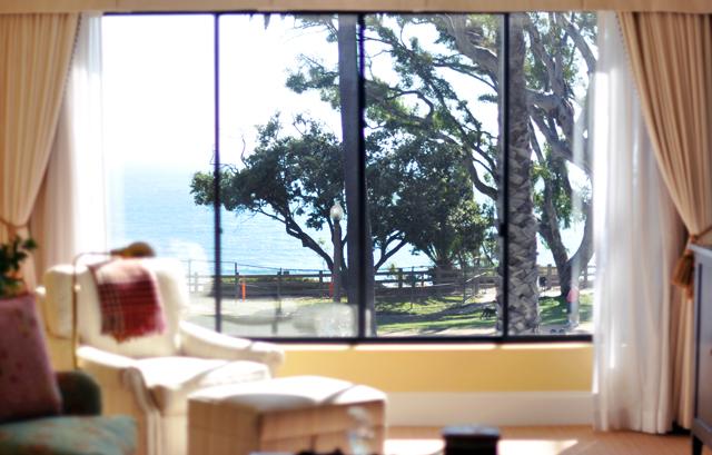 The Oceana Hotel in Santa Monica-suite decor+window