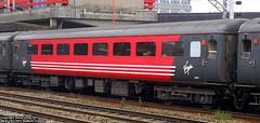 Mk2F TSO 5977 at Stafford (Tutenkhamun Sleeping) Tags: uk england train coach britain transport rail railway gb british tso staffordshire stafford virgintrains rollingstock 5977 coachingstock staffordstation mk2f mk2ftso mk2ftso5977