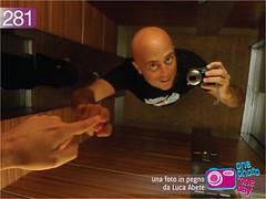 Foto in Pegno n281 (Luca Abete ONEphotoONEday) Tags: selfportrait project mirror luca campania foto