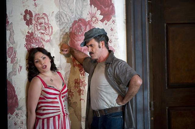 Ekaterina Siurina as Lauretta and Lucio Gallo as Gianni Schicchi in Gianni Schicchi © ROH / Bill Cooper 2011