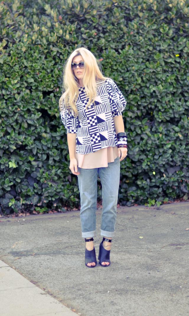 boyfriend jeans  + wedges + big bangles +pouf sleeve blouse