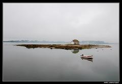 TEMPS POURRI (Marc Laboutique) Tags: france reflection st fog river island boat d riviere ile bretagne reflet bateau paysage morbihan brouillard ria lanscape brume etel cado leuropepittoresque