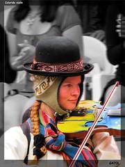 Colorido Violin (Gatol fotografia) Tags: portrait music woman color girl model eyes nikon ojos violin cielo musica carnaval celeste colorido tipico d90 brayan barboza mujereslindas g470l brayanbarbozagatolfotografia boliviabolivianas