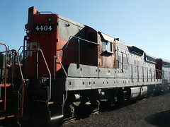 "Southern Pacific #4404 (EMD SD9 ""Cadillac"") in Portola, CA (CaliforniaRailfan101 Pho"